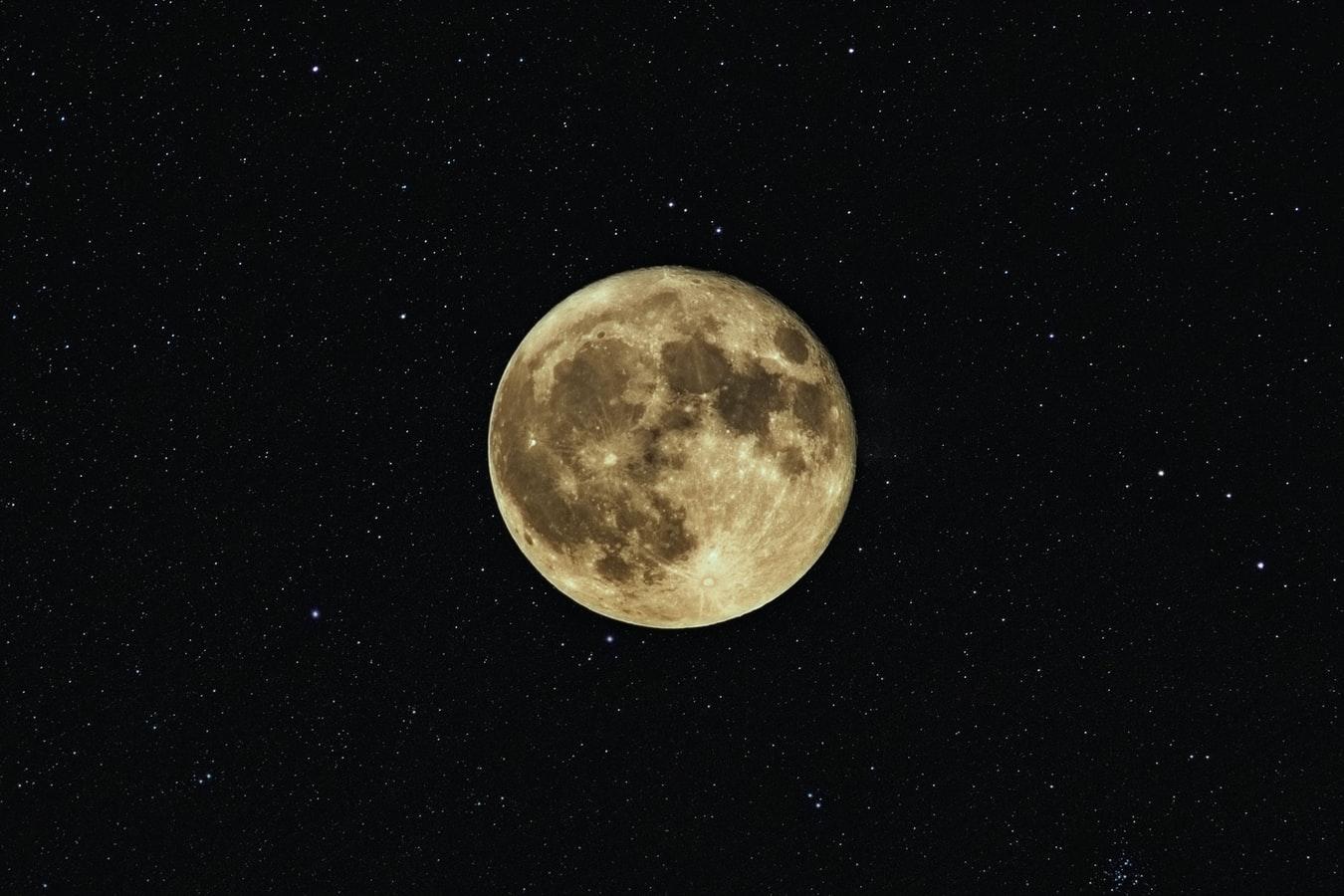 fazy księżyca - księżyc w pełni
