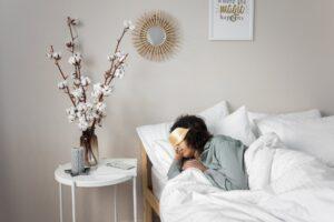 pianka memory w poduszkach i materacu